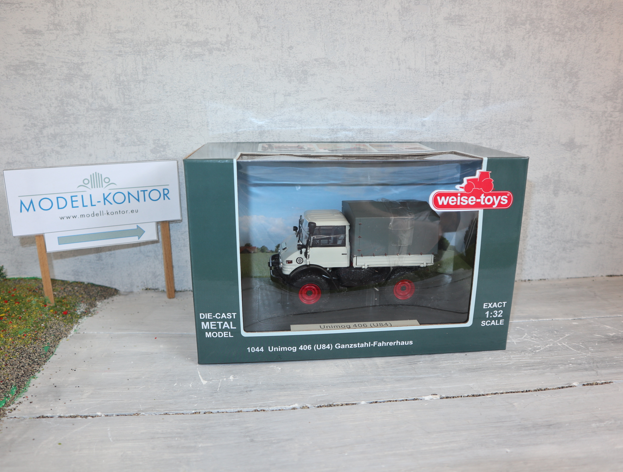 Weise Toys 1044 in 1:32 UNIMOG 406 Ganzstahl-Fahrerhaus in kieselgrau