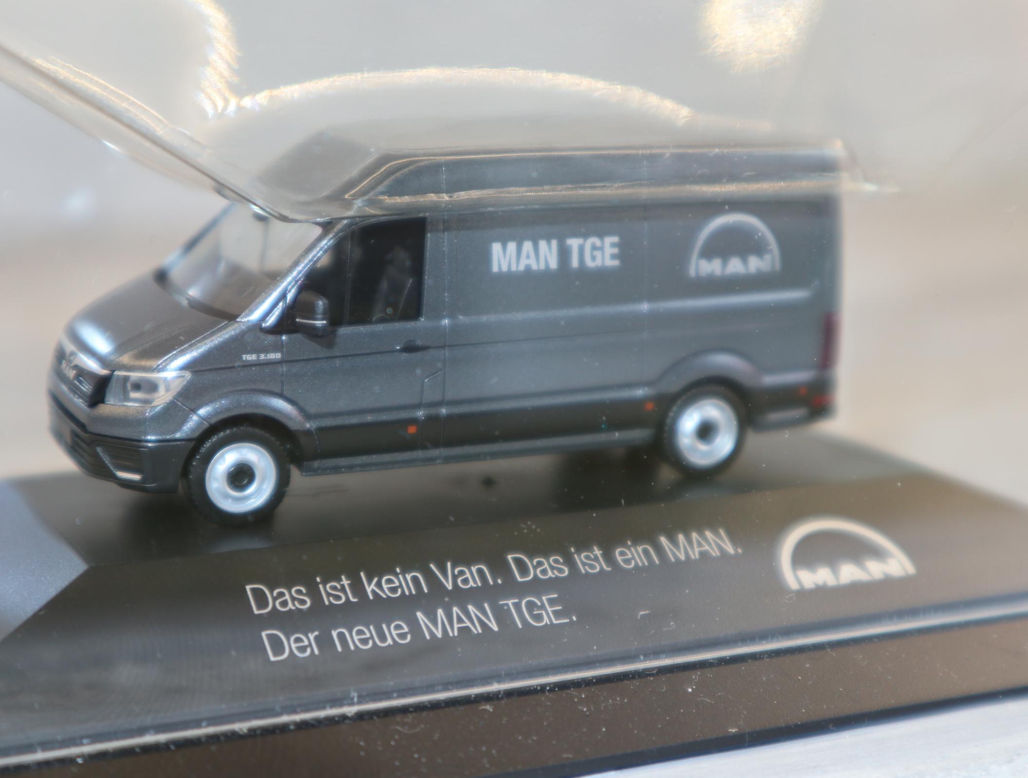 HERPA 1:87 MAN TGE Kastenwagen Werbemodell von MAN zur IAA 2020 Neu in OVP
