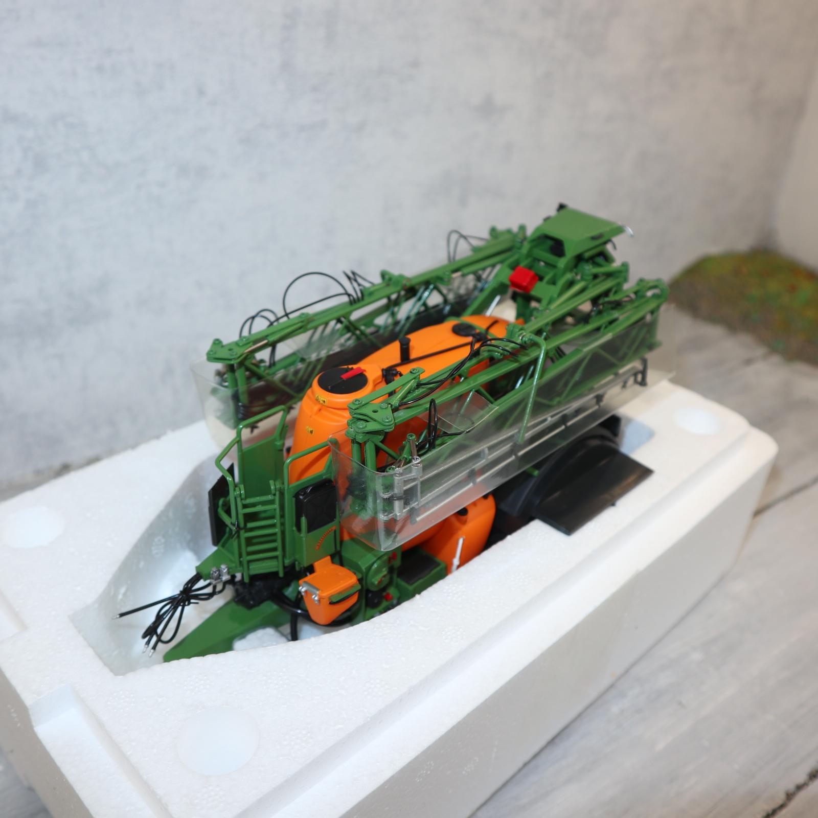UH IC 241 AMAZONE Sprayer UX 5200 Werbemodell direkt von AMAZONE Neu in OVP