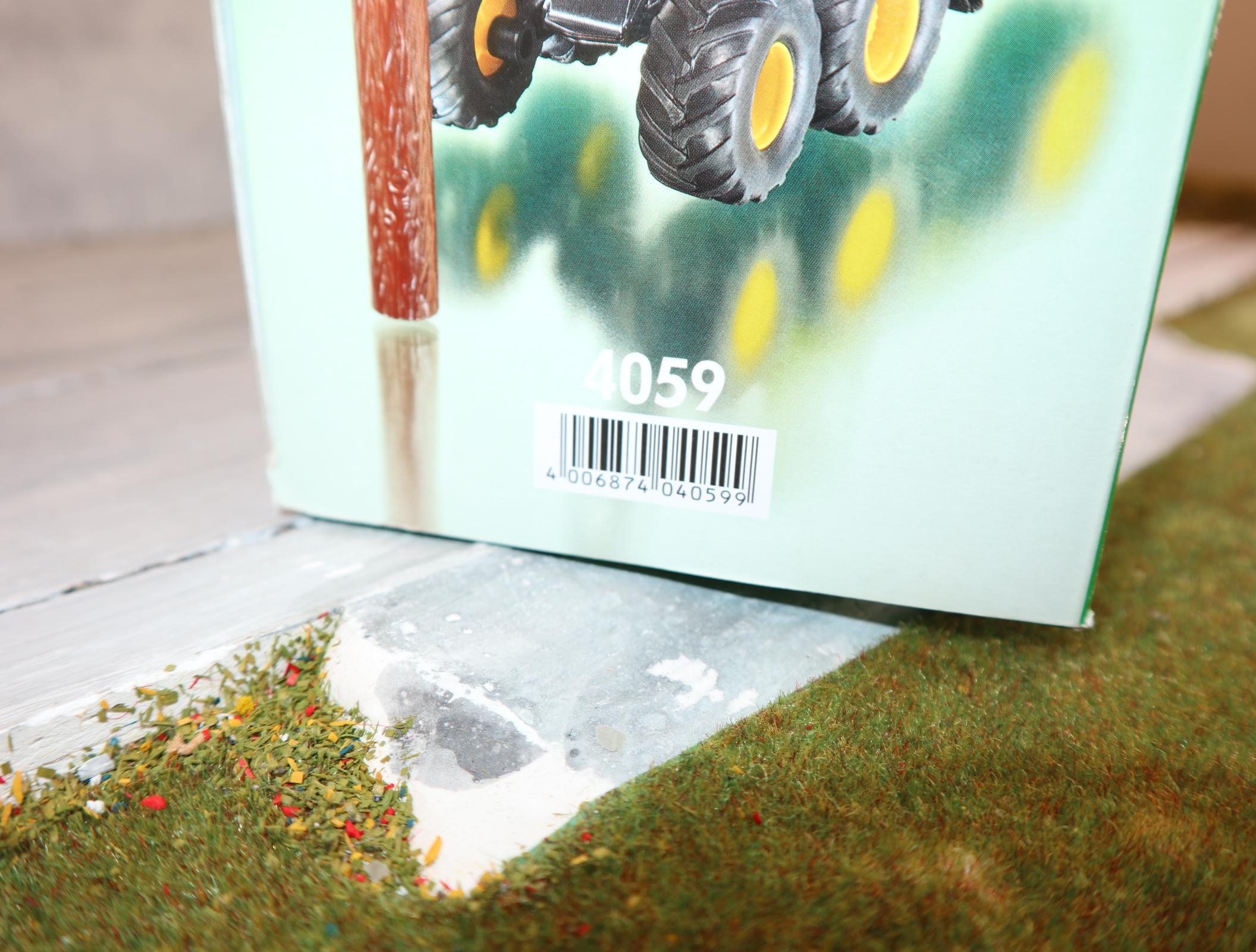 Siku 4059 1:32 John Deere Harvester