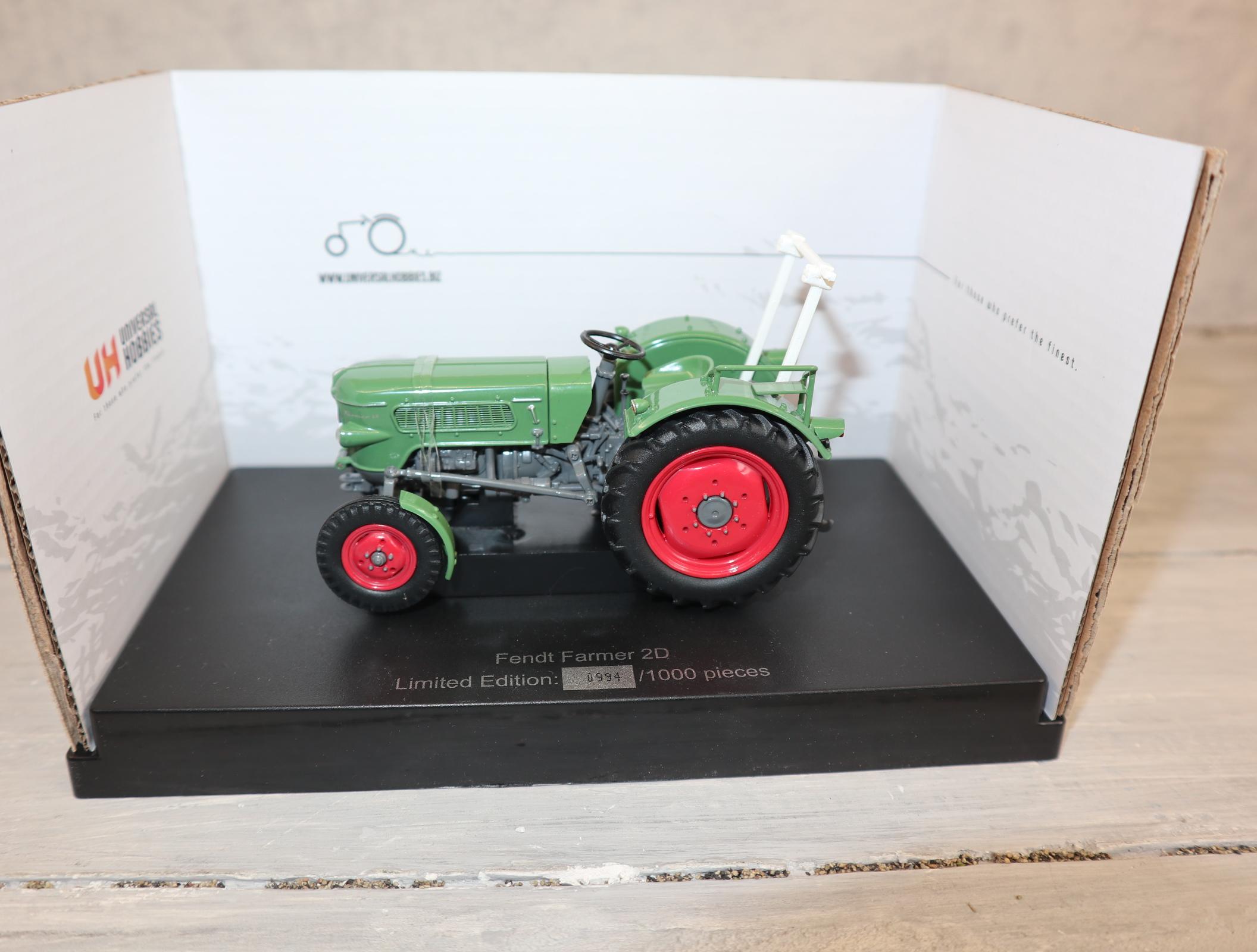 Universal Hobbies 5317 1:32 Fendt Farmer 2D  Sondermodell 1.000 Stück