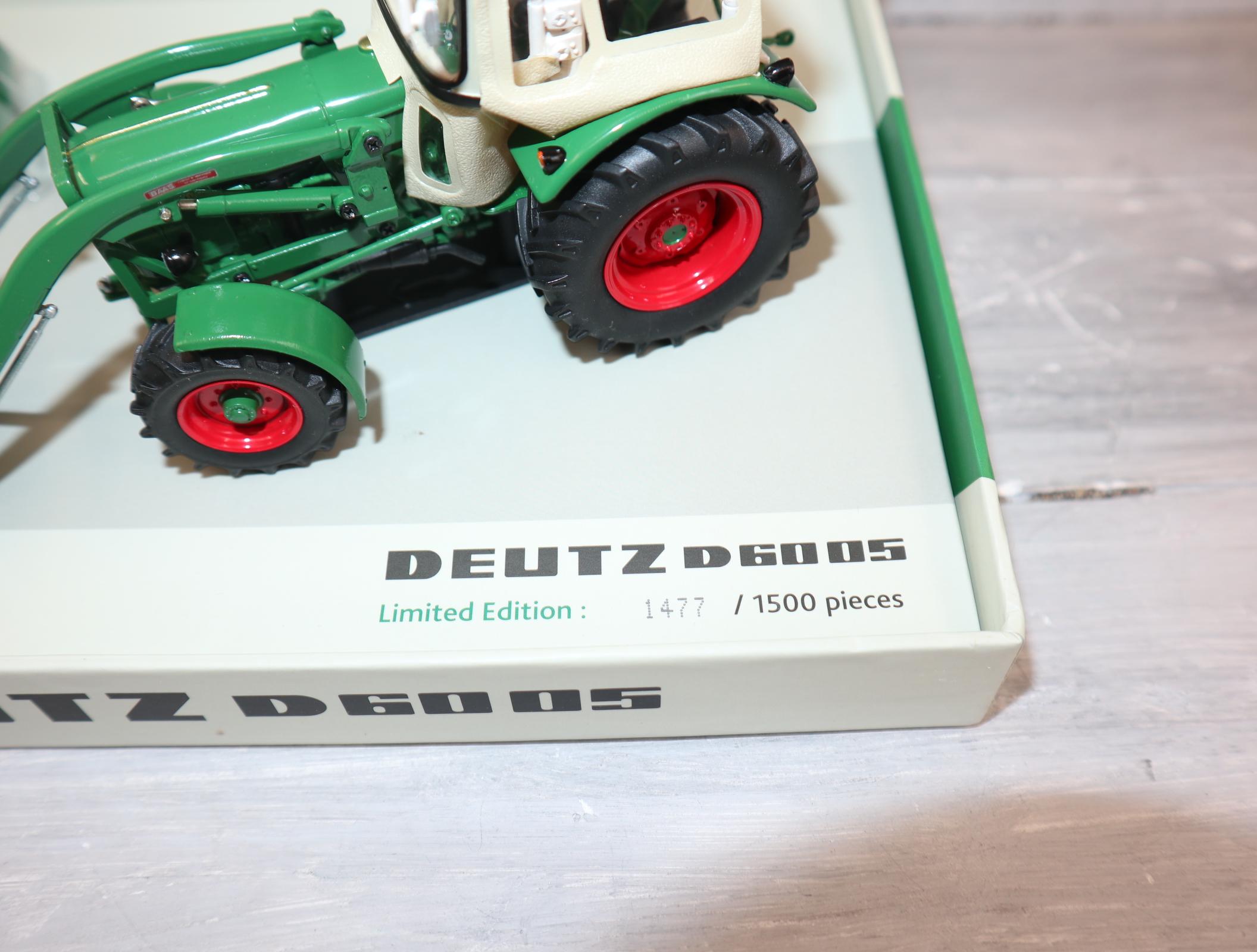 Universal Hobbies 6200 in 1:32 Deutz D60 05 mit Fritzemeier-Verdeck Sonderedition 1500 Stück