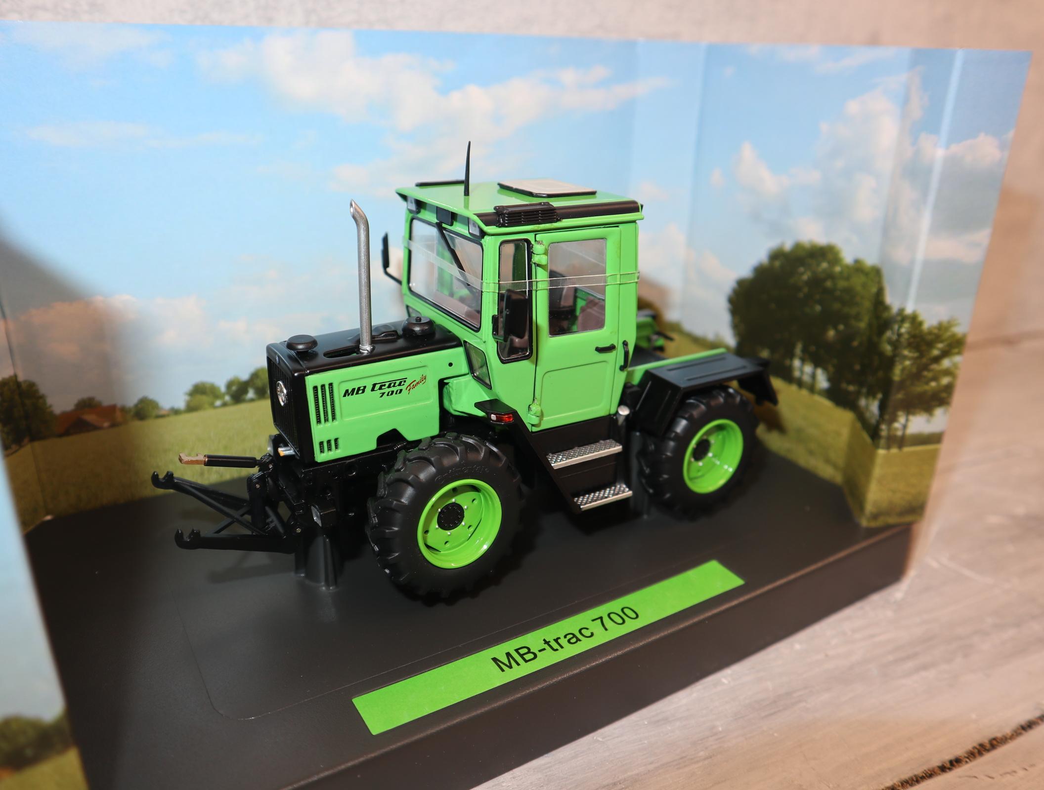 Weise Toys 2051 1:32 MB-Trac 700 Family Edition Sondermodell nur 500 Stück