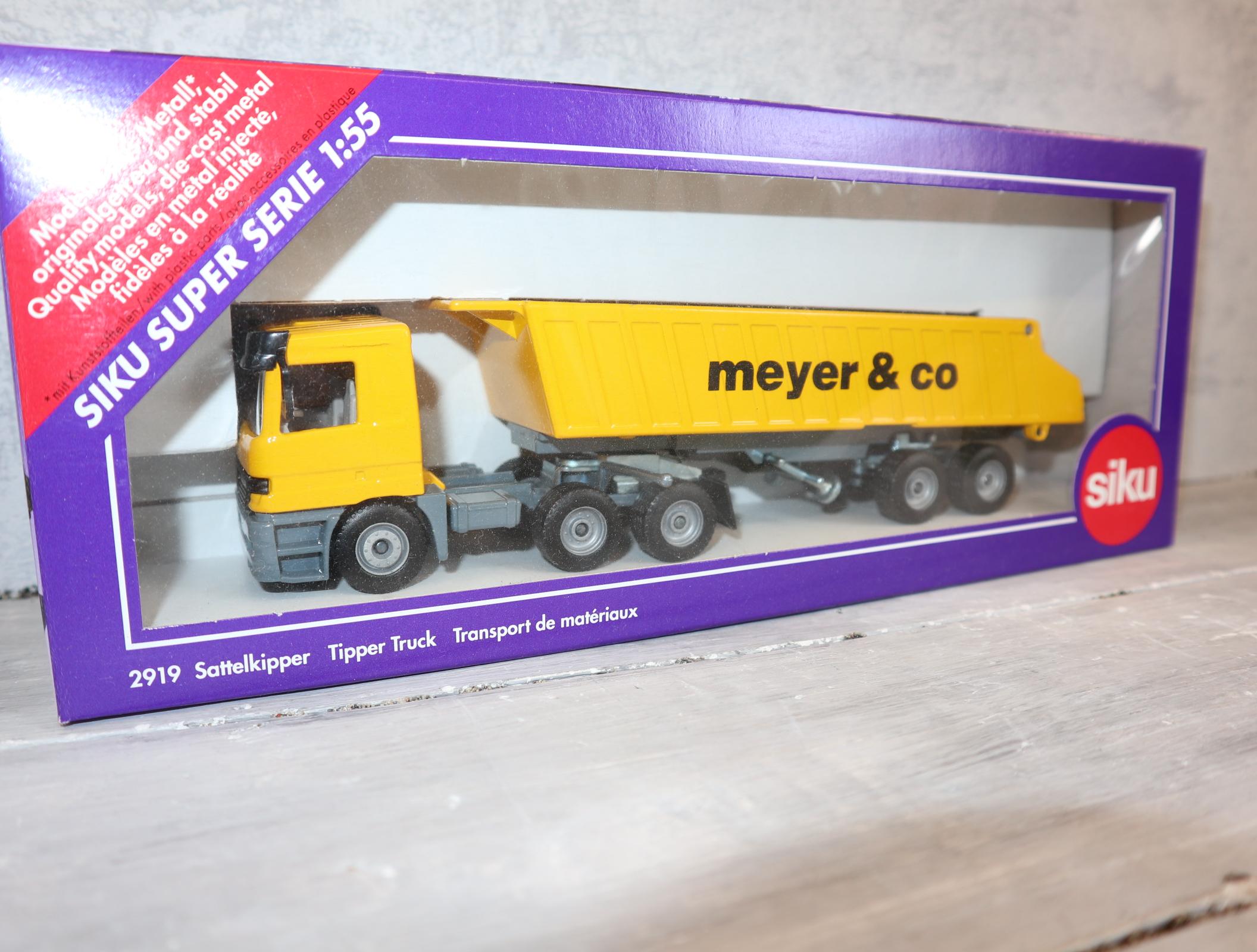 """Siku 2919 in 1:55 Sandkipper """"Meyer & Co"""" in gelb"""
